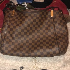 Luis Vuitton purse